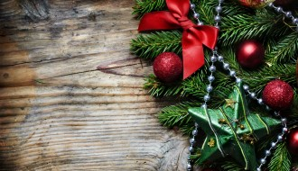 Christmas_wallpapers_Beautiful_decorations_on_the_wooden_background_on_Christmas_052617_